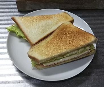超簡単!格安60円の手作りサンドイッチ。ランチパックに引けを取らない我が家の大人気メニュー